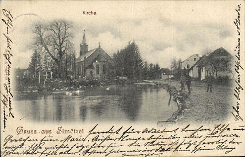 Dorfteich und Kirche in Simötzel